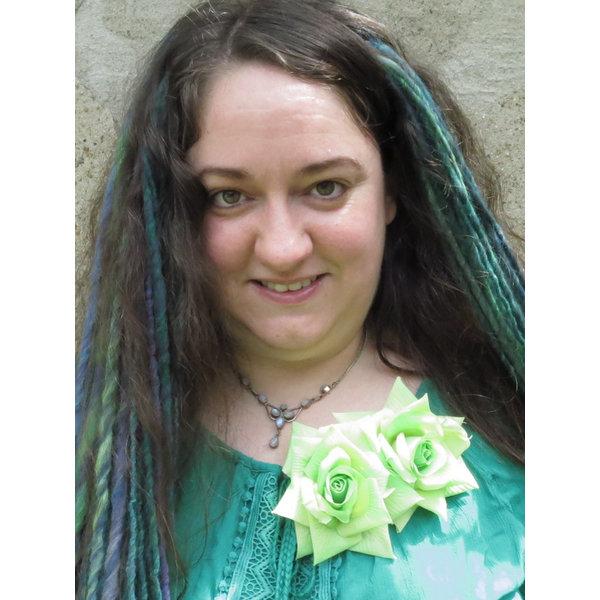 Rose hair clip fair green