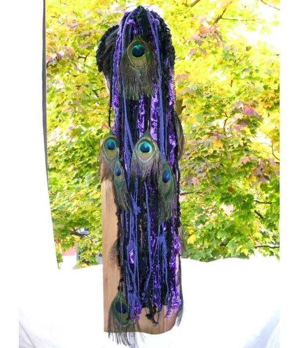 Purple Passion Pfau - Haarteil aus Bändern