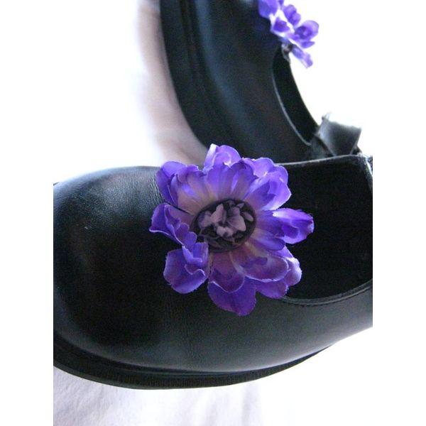 Purple Cameo Flowers 2 x