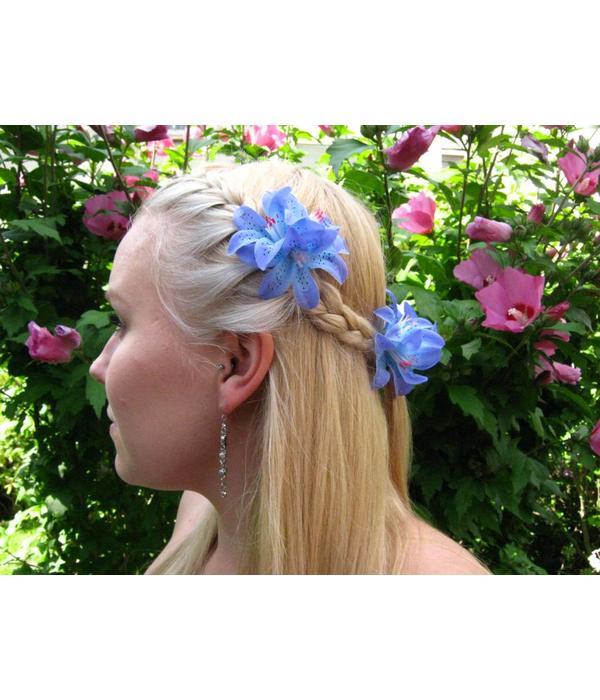 Haarblüte Lilien blau-türkis
