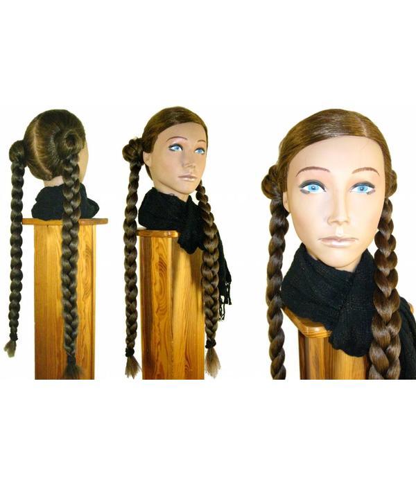 Nostalgische Flechtfrisur, gekrepptes Haar