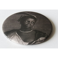 Mirror Woman with Pearl necklace