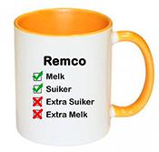 Koffiemok met naam bedrukken (geel)