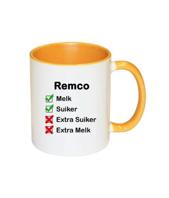 Mok met naam checklist (geel)