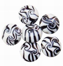 Platte ronde glaskraal zwartwit (5x)