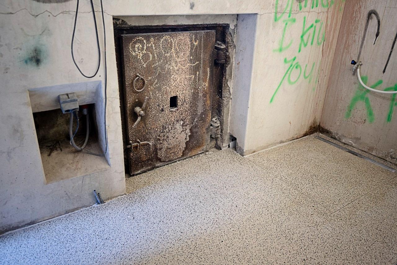 Update bunker: vloer met verwarming gestort