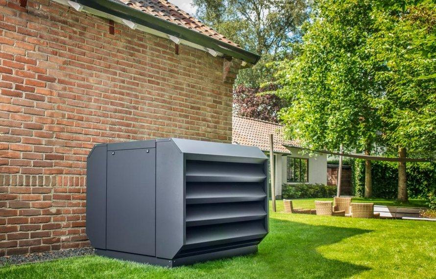 Wat zijn de geluidsnormen voor airco's en warmtepompen? En hoe beperk je het geluid?