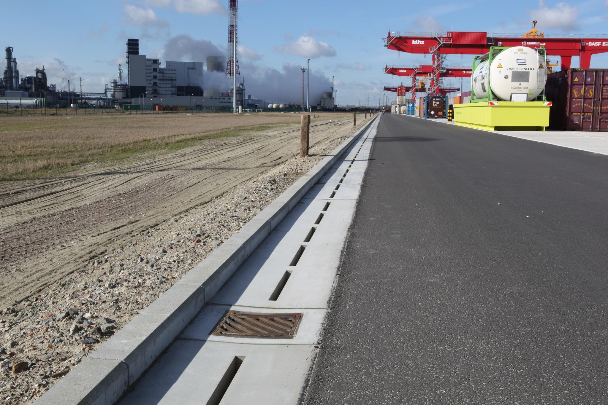 Container terminal-Verholen-Goot-Diederen-Drainage technology