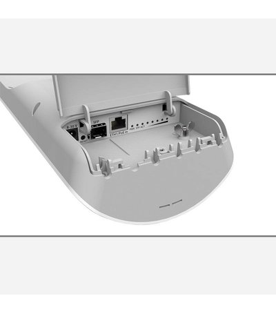 MikroTik mANTBox 19s sector antenna with wireless router