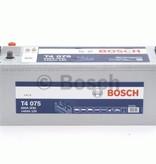 Bosch Startaccu 12 volt 140 ah T4 075 Black truckline