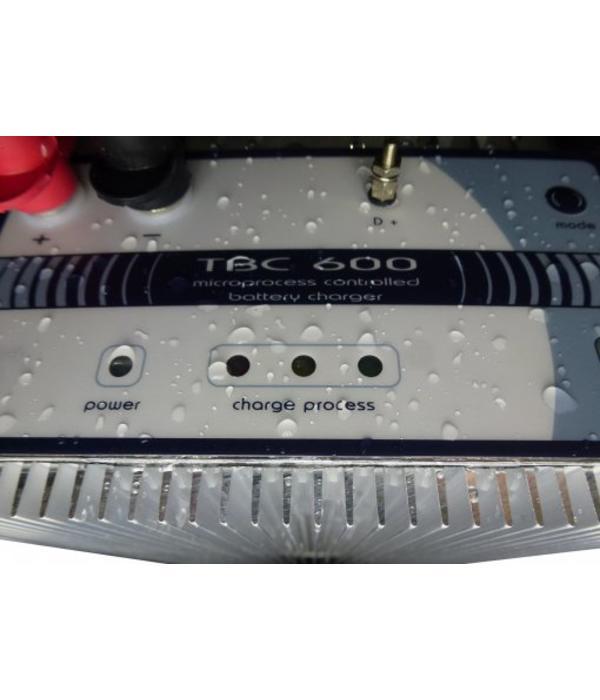 Xenteq Acculader 12 volt 25 ampère type TBC 612-1-25