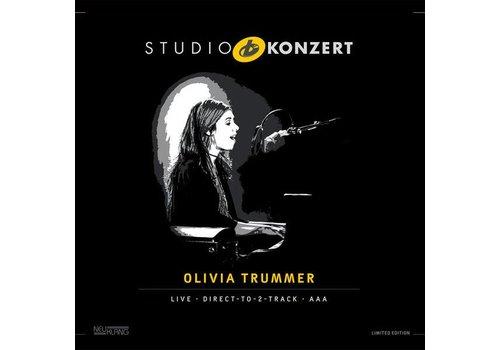Neuklang Olivia Trummer - Studio Konzert