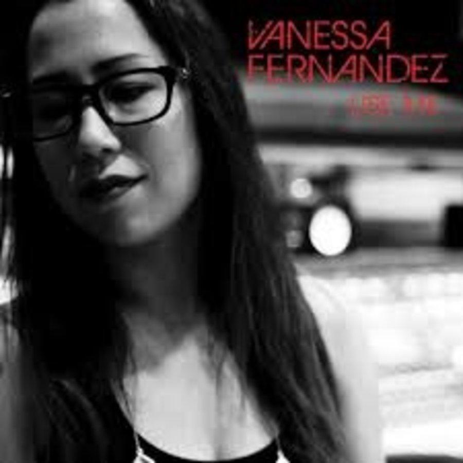 Vanessa Fernandez - Use me