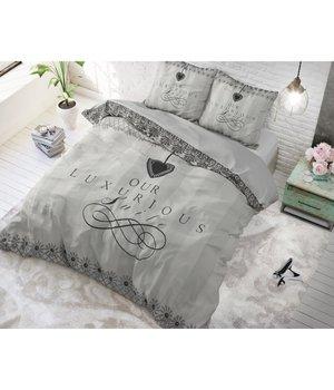 Dreamhouse Bedding katoen dekbedovertrek ''Luxury suite' wit met zwarte tekst
