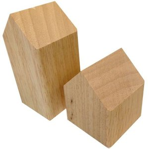 huisje massief hout ca 7 x 7 x 9cm laag blank