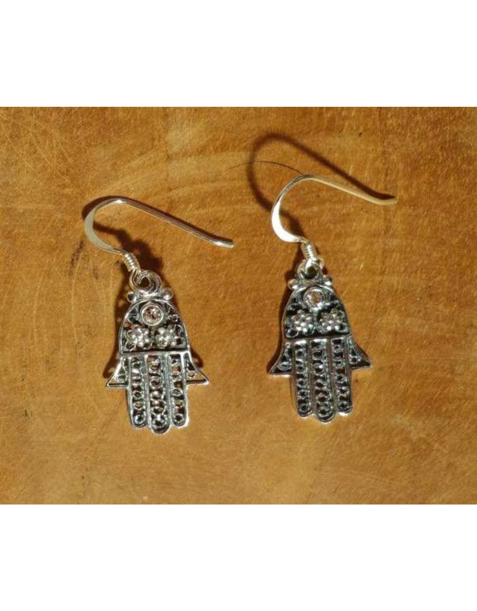 Shanti earrings Hamsa