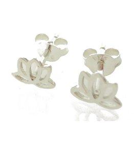 Shanti stud earrings lotus