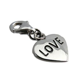 Shanti charm heart