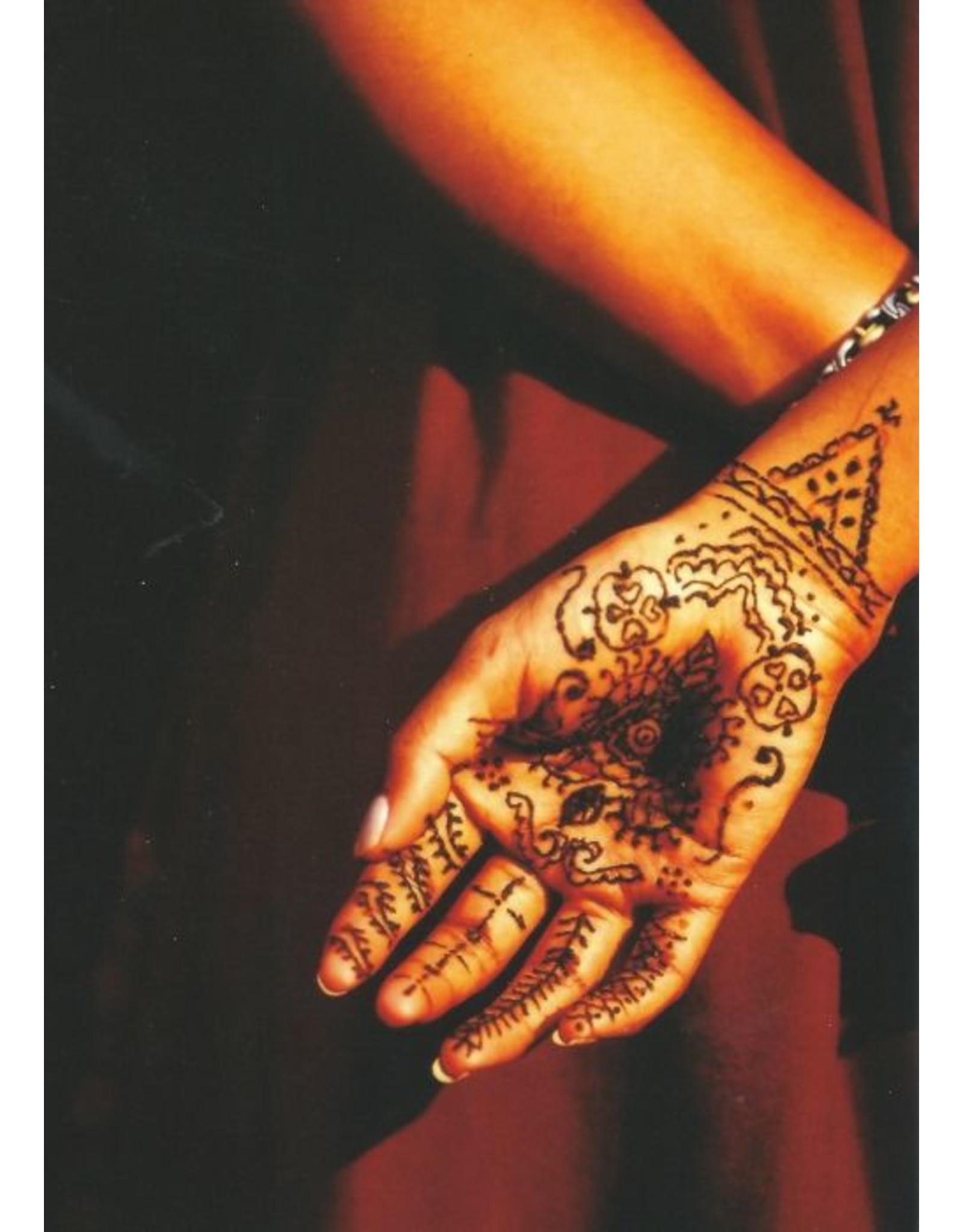 ZintenZ postcard Henna art