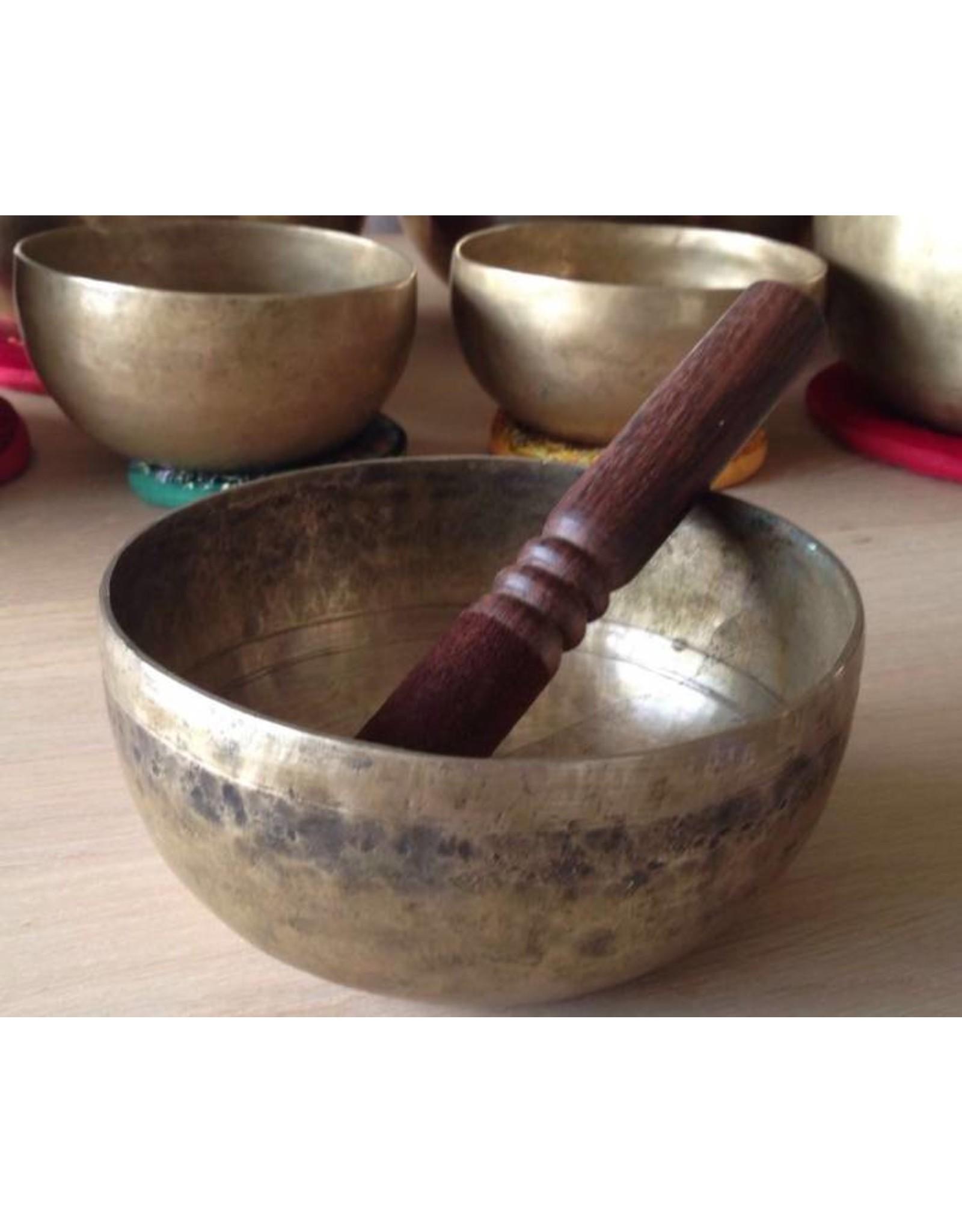 Dakini antique singing bowl Cobrebati 13 cm A