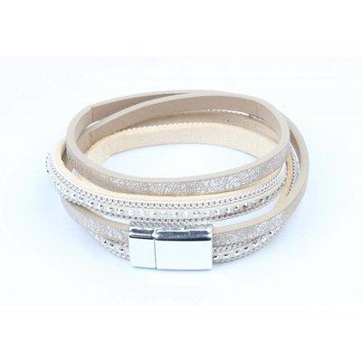 Wikkelarmband met zilveren studs  taupe (327809)