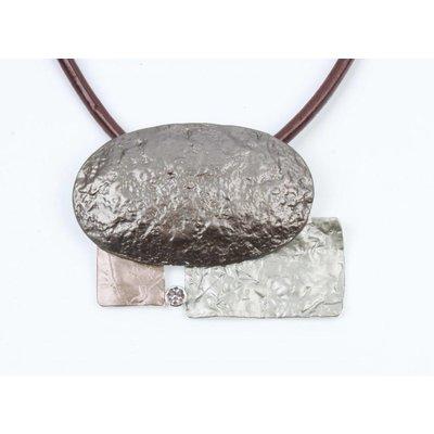 Ketting leer met metalen vormen bruin (313146)