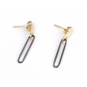 Earring oval gold