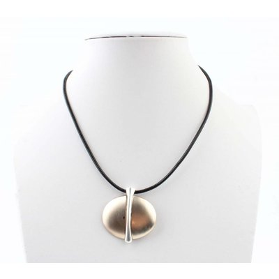 """Necklace """"Earth"""" black"""