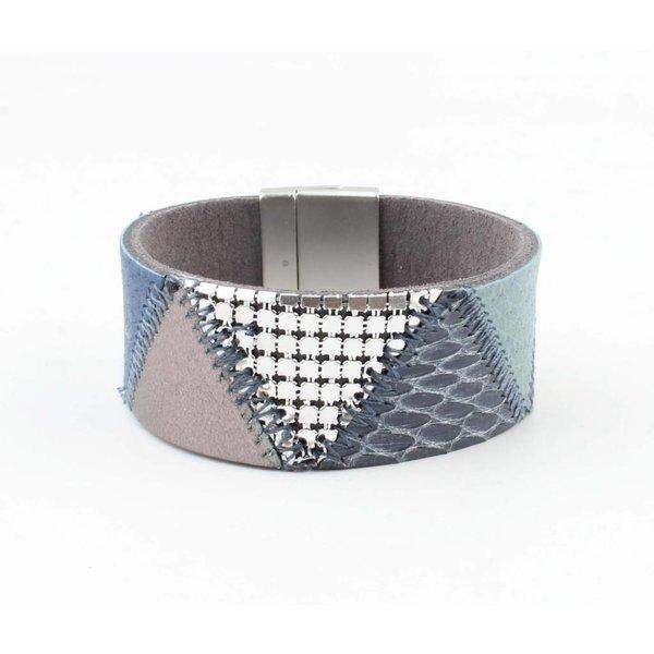 "Bracelet leather "" Niva "" blue"