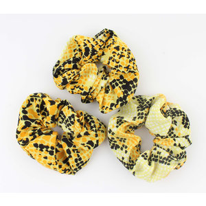 "Scrunchie ""Koutou"" yellow"