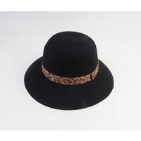 "Cloche hat ""Baissa"" black"
