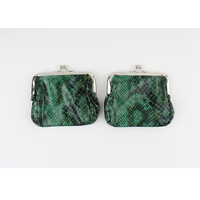 "Clipping purse ""Seal"" green / black lacquer"