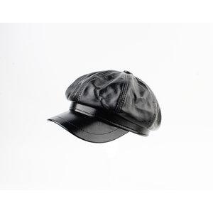 """Balloon cap """"Dafne"""" black lacquer"""