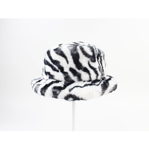 "Fur hat ""Merin"" black / white"