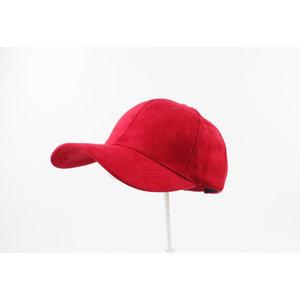 "Cap ""Pinas"" red"
