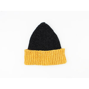 "Beanie ""Poyeni"" black / ocher yellow"
