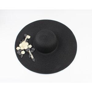 "Flap hat ""Frederica"" black"