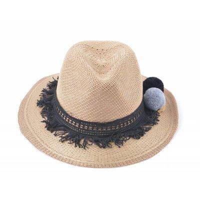 Hat (895270)