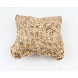 Pillows, per 3pcs.
