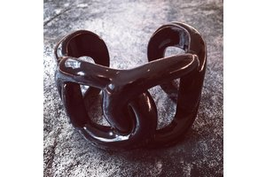 Bracelet, Résine Zwart