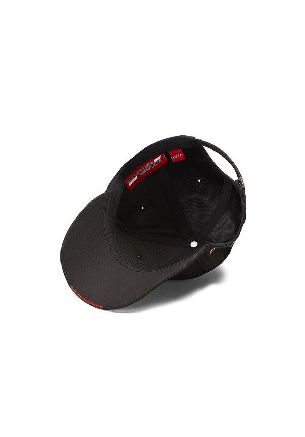 Ferrari Scudetto Carbon Cap Black