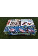 Guinevere Hocker voetenbank borduurwerk flamingo's