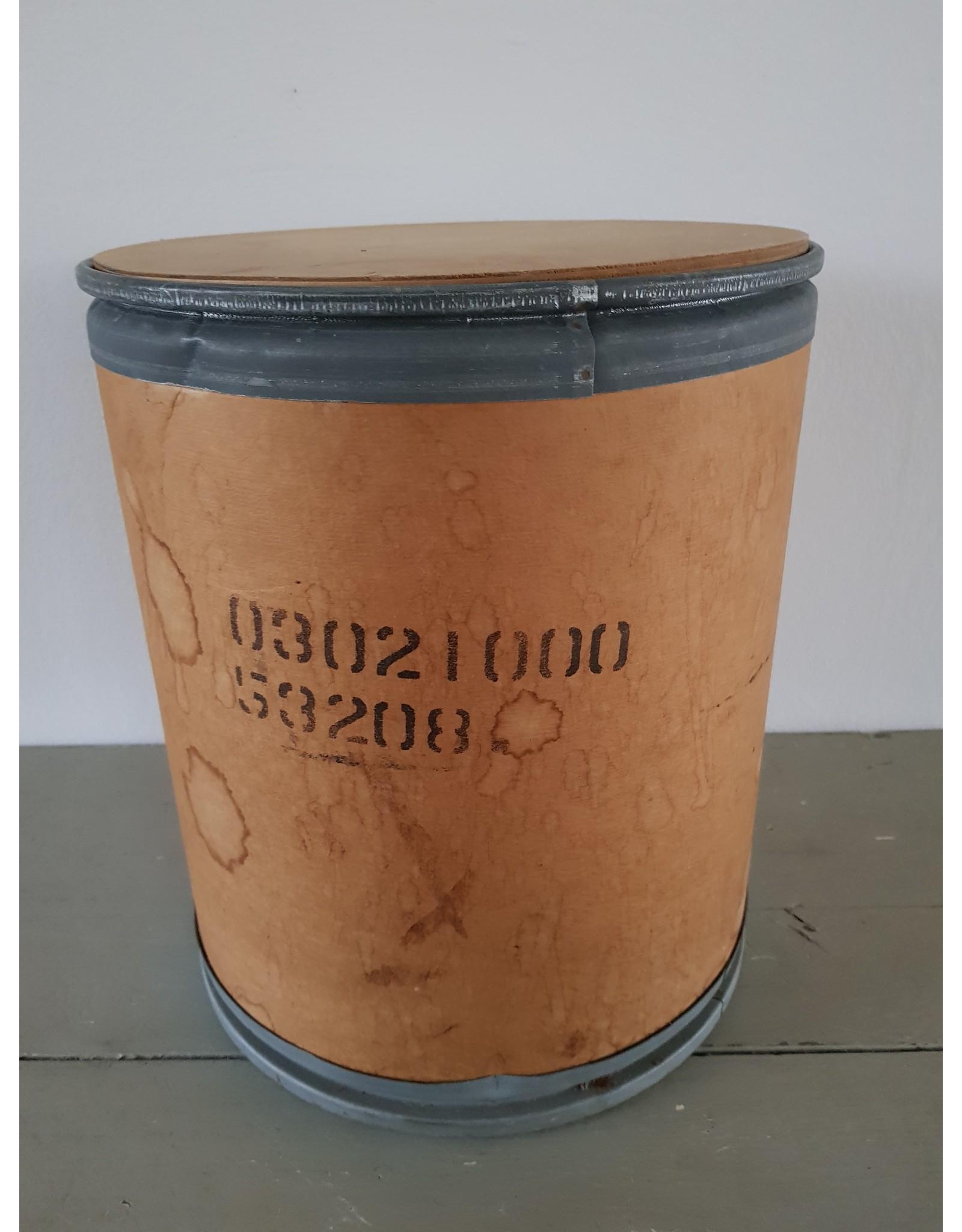 Opbergton met deksel van hout