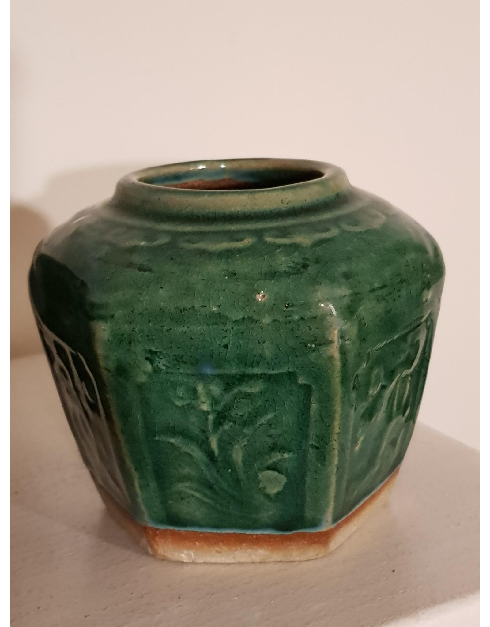Oude  groene gemberpotje