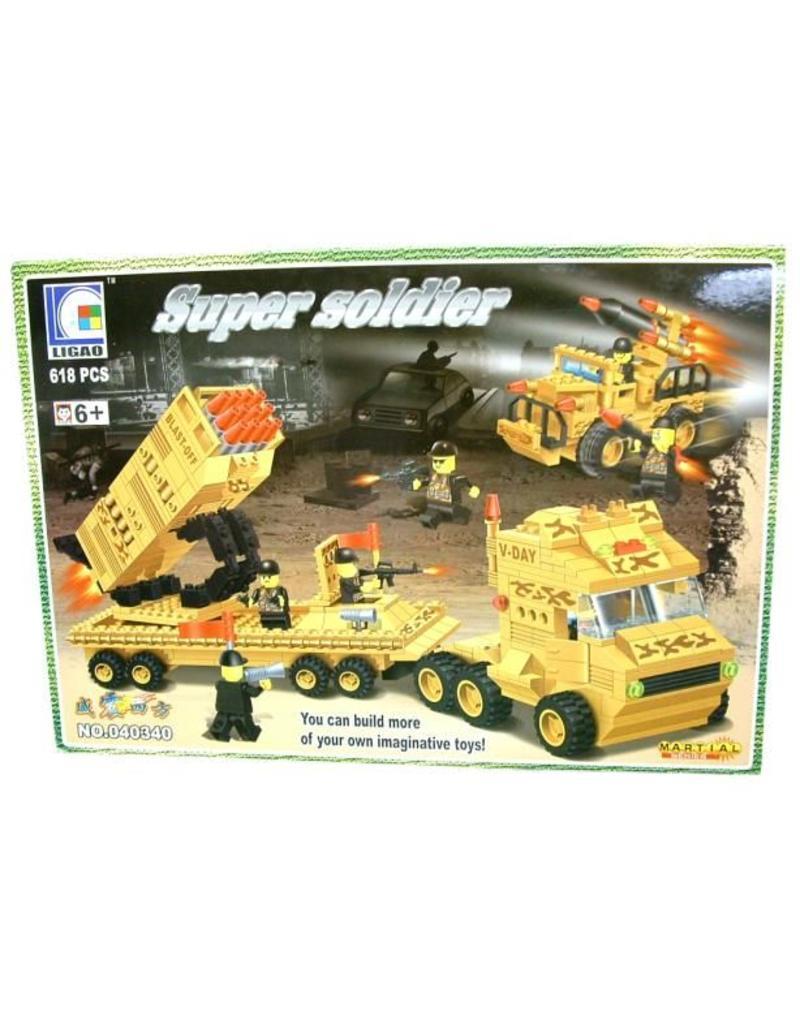 Bouwstenen Super Soldier 618pcs in box à 40x28cm.