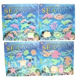 Glow in the Dark SeaWorld op kaart à 29x29cm.