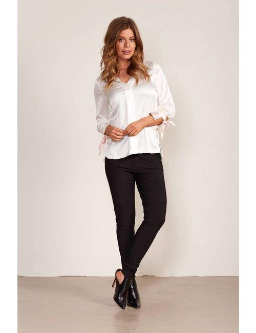 Jacky Luxury Satijnen blouse met gestrikte details