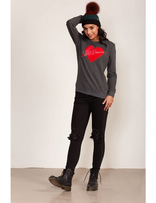 Jacky Luxury Sweater met hart van fluweel