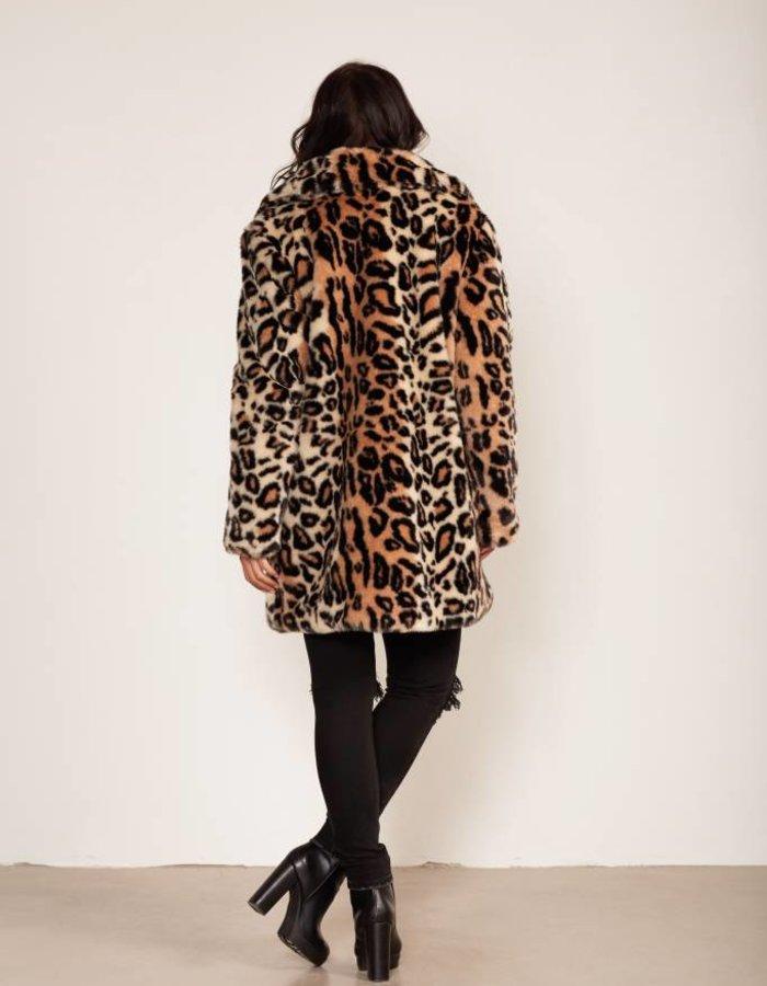 Faux fur jas met luipaarddessin