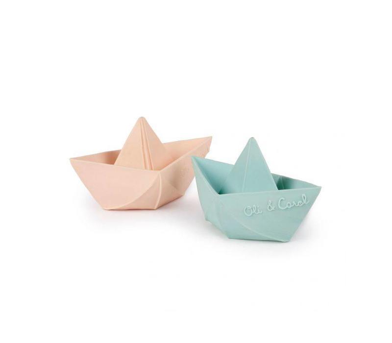 Oli & Carol Badespielzeug Boot Minze